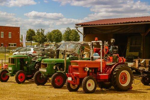 tractors  old  exhibition