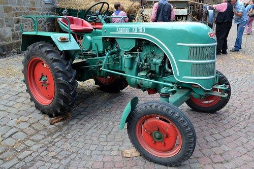 tractors  old  tractor