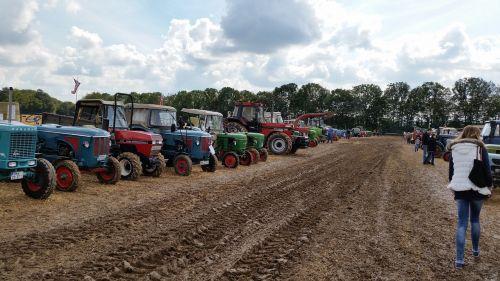 tractors tractor trek meet