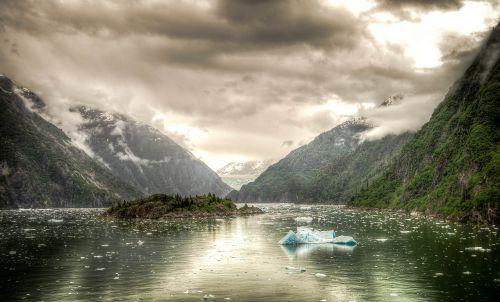 tracy arm fjord alaska juneau
