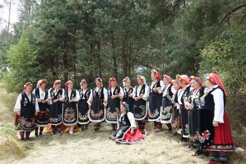 traditional ethno ethnic