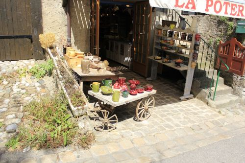 traditional store shop nature