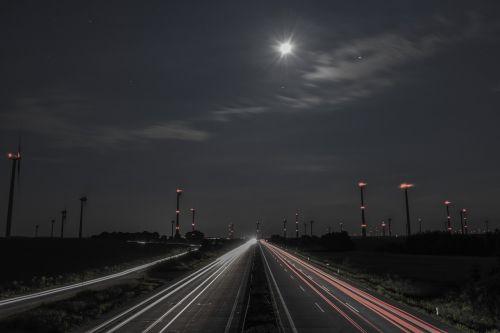 traffic night long exposure