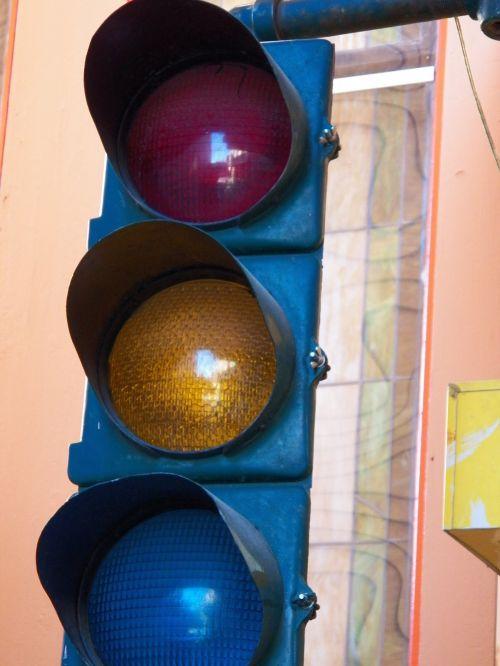 srautas & nbsp, šviesa, žibintai, eismas, greitkelis, raudona & nbsp, šviesa, žalia & nbsp, šviesa, geltona & nbsp, šviesa, vaikščioti & nbsp, signalą, pėsčiųjų takas, šviesoforas