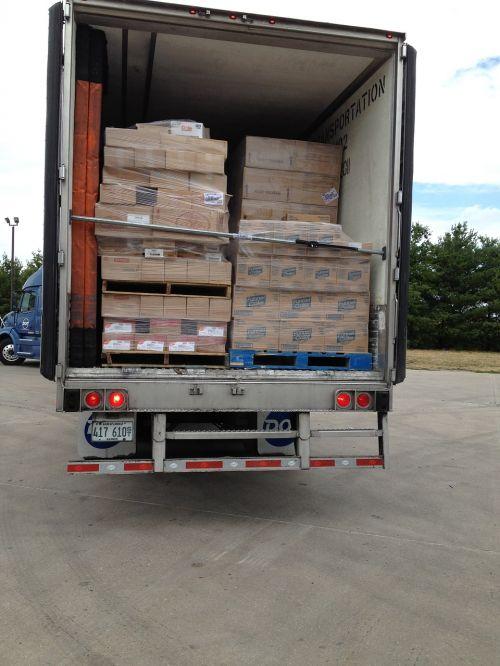 trailer loaded food