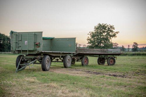 trailers field fieldwork