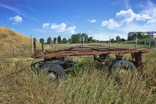 trailers  old  rusted