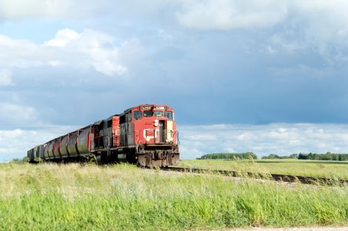 train cn rail railroad