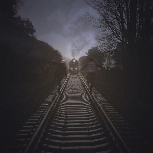train tracks train tracks