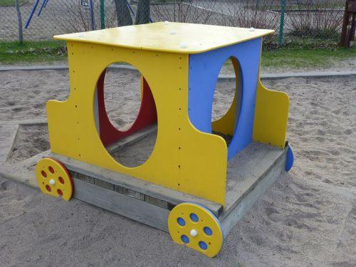 train park game