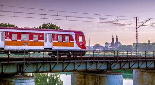 train  the viaduct  railway bridge