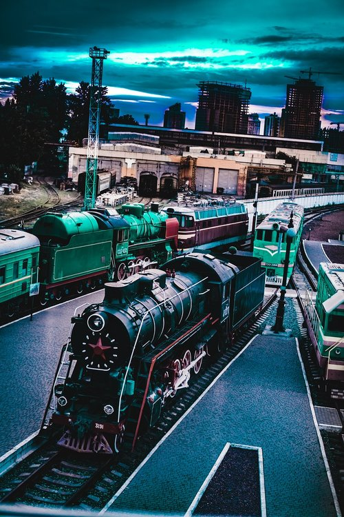 train  ukraine  railways