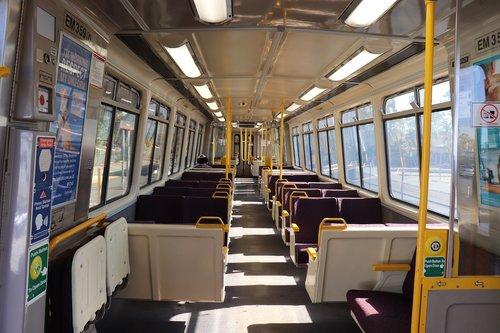 train  rail  queensland rail