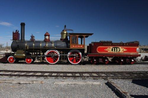 train  transcontinental railroad  119
