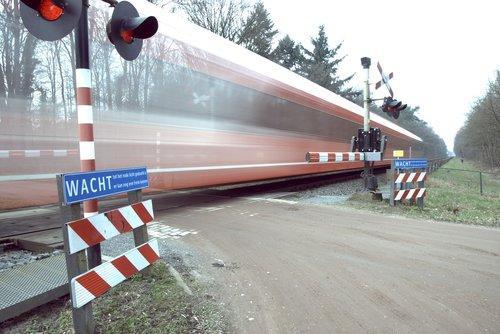 train  railways  transport