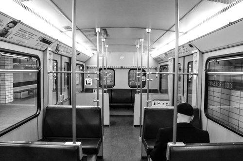 train  wagon  metro