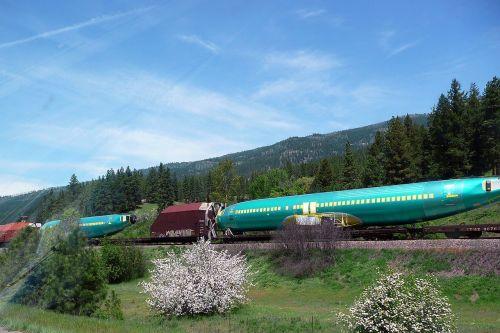 train transportation airplane