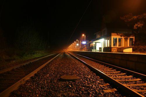 train fast gleise