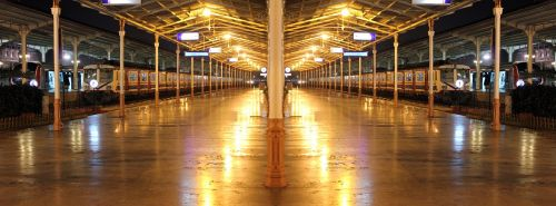 train train station empty