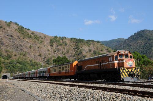 train railroad tunnel