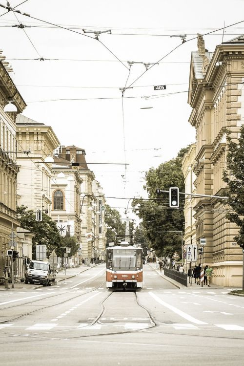 tram transportation wiring