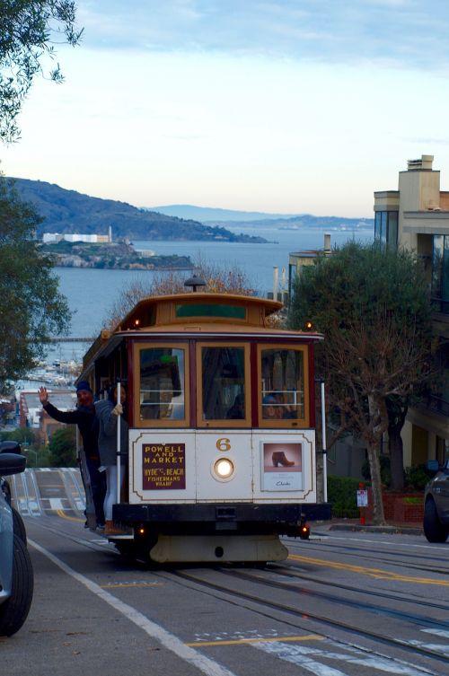 tram sea alcatraz