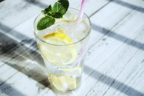 skaidri spalva,ledas,citrina