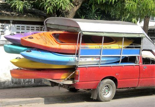 transport canoes boating