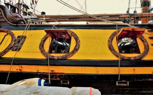 transport boat sailboats