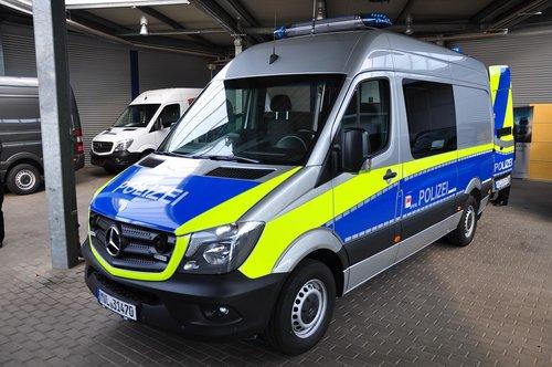transporter  police transporter  emergency vehicle