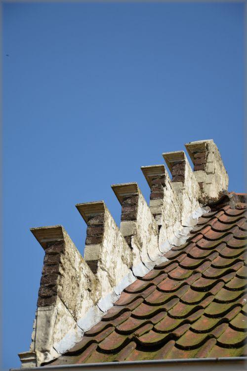 Cascading Roof Gable