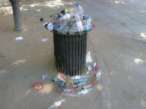 trash recycling recycle bin