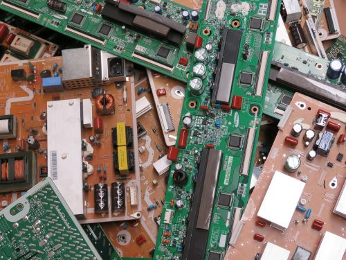 trash electronic plates