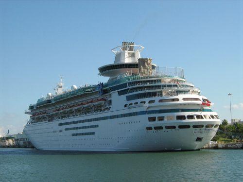 travel cruise ship