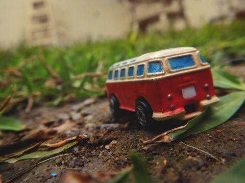 travel vans traveling