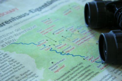 travel map binoculars