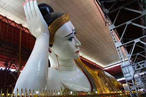 travel worship pray