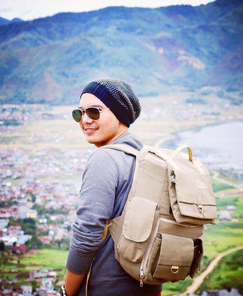 traveling  adventure  weekend