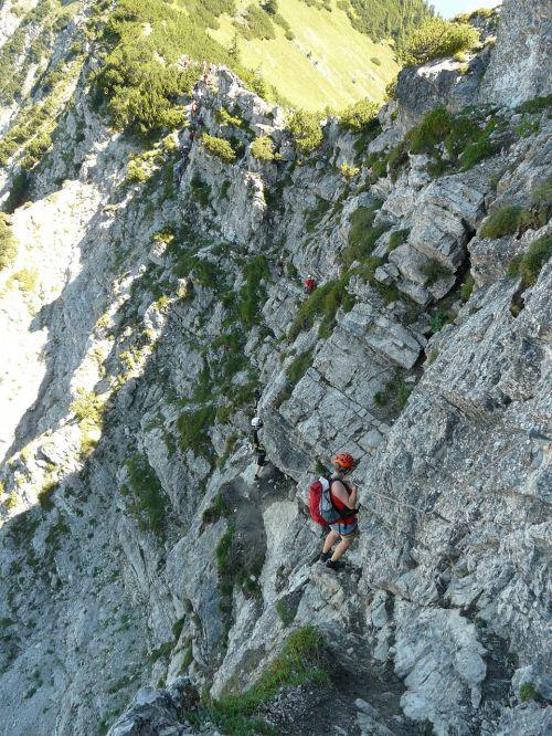 traverse climbing climber