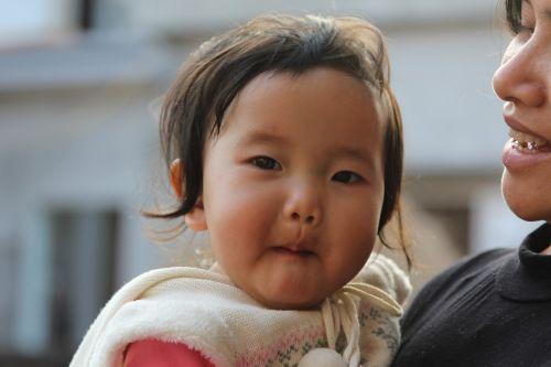 kids vietnam girl