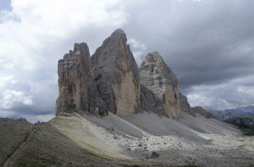 tre cime di lavaredo the alps italy
