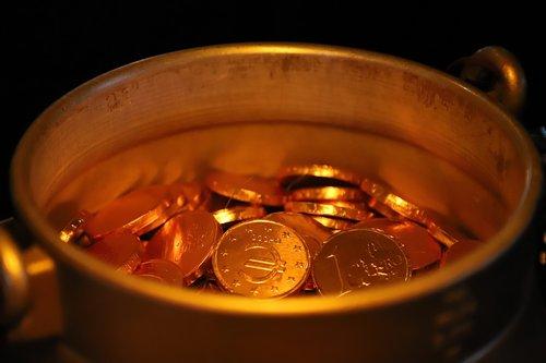 treasure  gold  pot