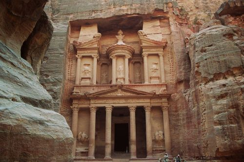 treasury khazne firaun al temple