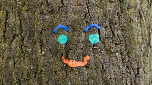 tree face park