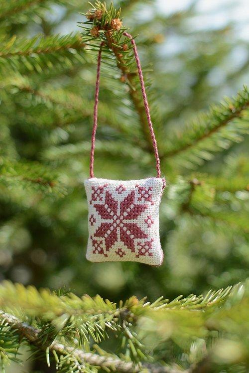 tree  christmas  winter