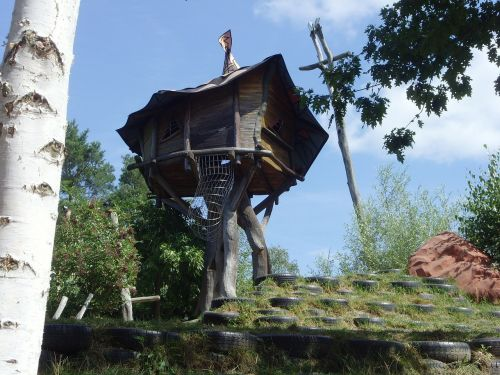 treehouse theme park observation tower