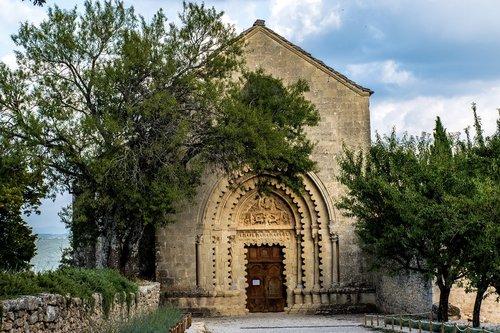 trees  eglise  church