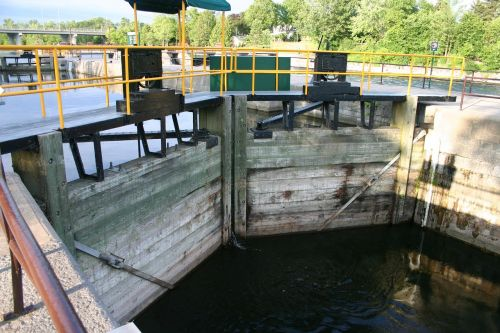 trent-severn waterway ontario locks