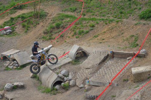 trial trial bike terrain