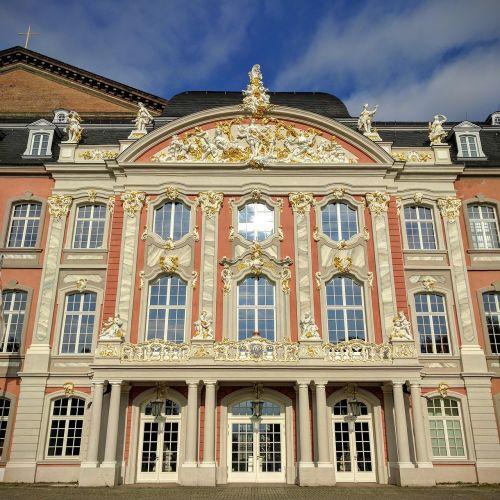trier kurfürstliches palais architecture